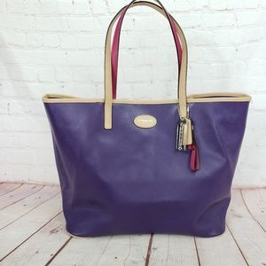 Coach large leather tote